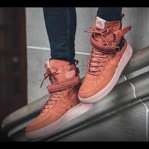 Nike Women's SF-AF1 High Dusty Peach sz 7 NIB
